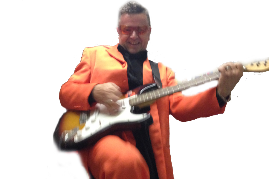 Image of Jaffaman eddie playing guitar on website copywriting tips page